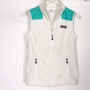 Vineyard Vines women's vest full zip